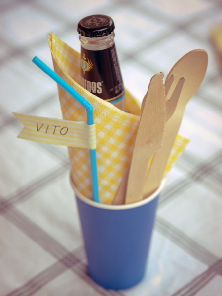 summer picnic party paper cups straws beverage name