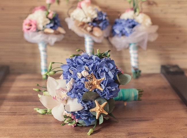 wedding bouquet beach theme accent starfish seashell decorations