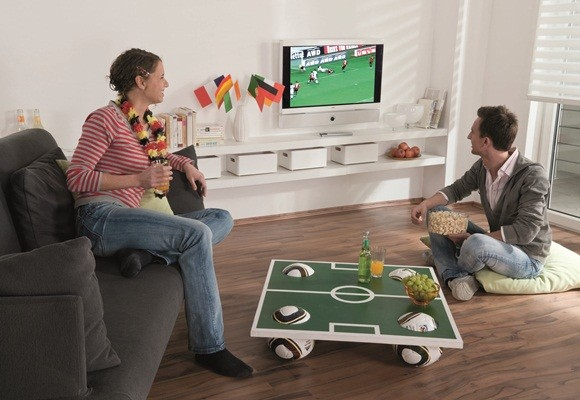 2014-world-cup-party-decor-home-coffee-table-soccer-field-top