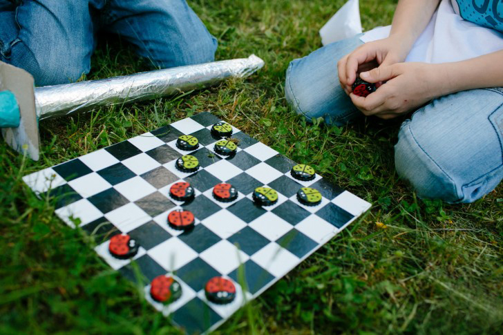 diy-board-game-fun-summer-garden-entertainment-for-kids