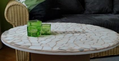 diy-wooden-spool-coffee-table-white-tiles-flat-stones-mosaic