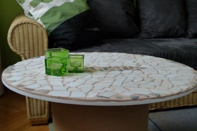diy spool coffee table white tiles flat stones mosaic