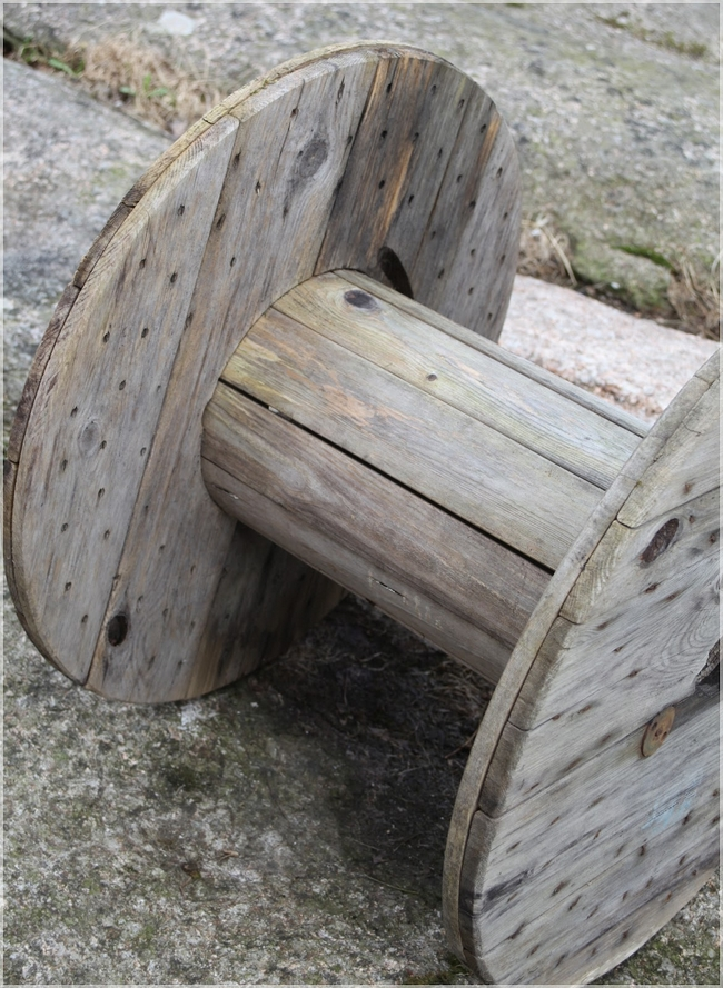 wooden cable spool recycling reusing idea coffee table