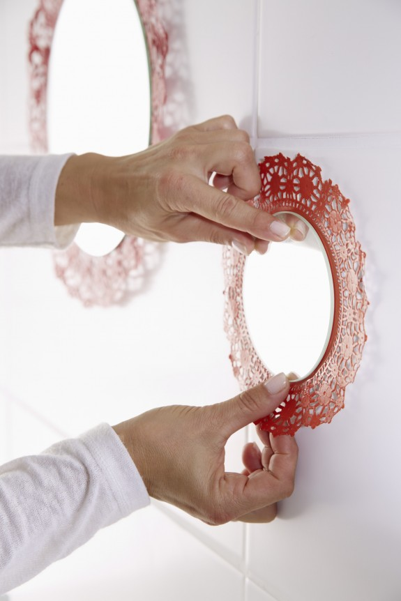 diy bathroom decor ideas round mirrors red painted doilies