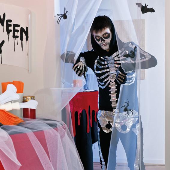 diy halloween costume kids black clothes aluminium tape