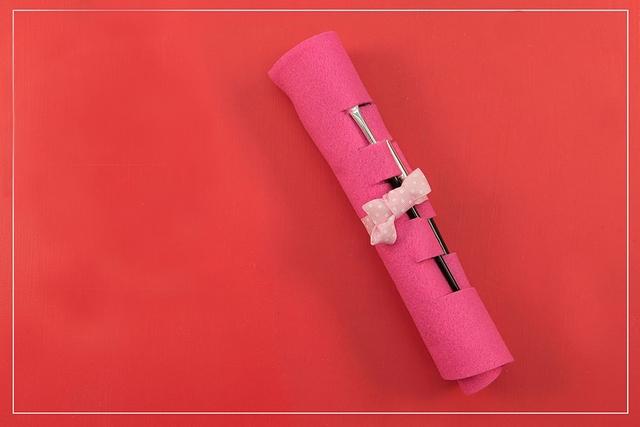 diy-makeup-brush-roll-organizer-easy-make-travel-kit-makeup-tools-storage