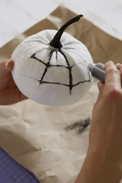 handmade halloween pumpkin decorations wet adhesive black glitter powder