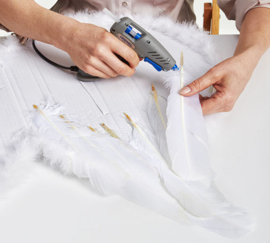 diy halloween costumes kids-angel-wings-goose-feathers