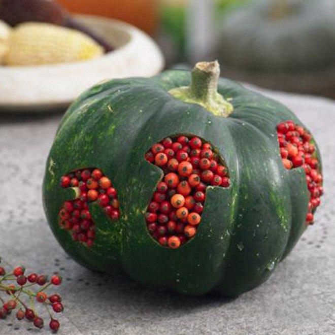 fall decorating ideas -diy-pumpkin-mushroom-cookie-cutter-rosehips