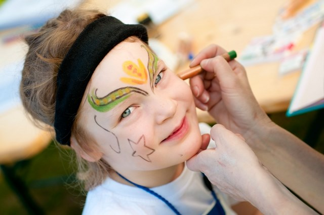 16 Cute And Easy Halloween Face Makeup Ideas For Kids