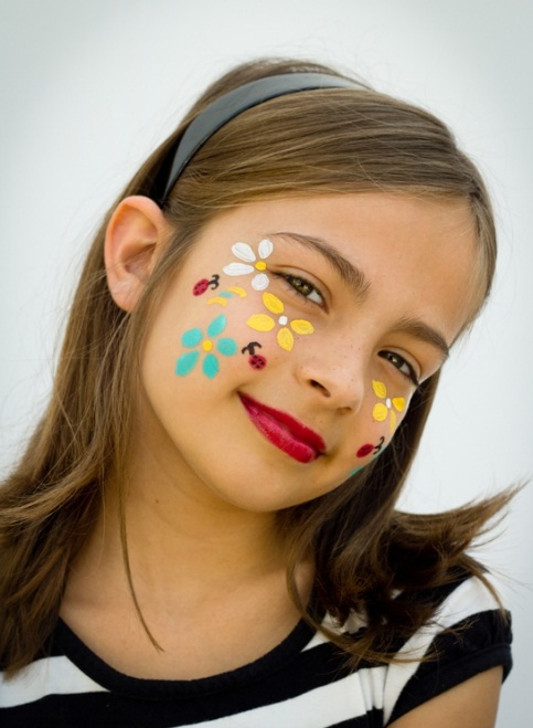 16 cute and easy Halloween face makeup ideas for kids - Cute Face Makeup For Halloween