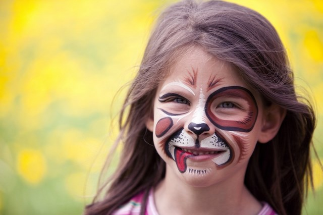 halloween-face-makeup-ideas-pet-dog-with-tongue-hanging-out-easy-kids-face-paint