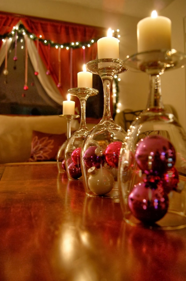 christmas table centerpiece wine glasses candle stand pink