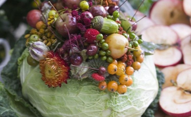 DIY Fall Table Centerpiece Flowers In A Cabbage Vase