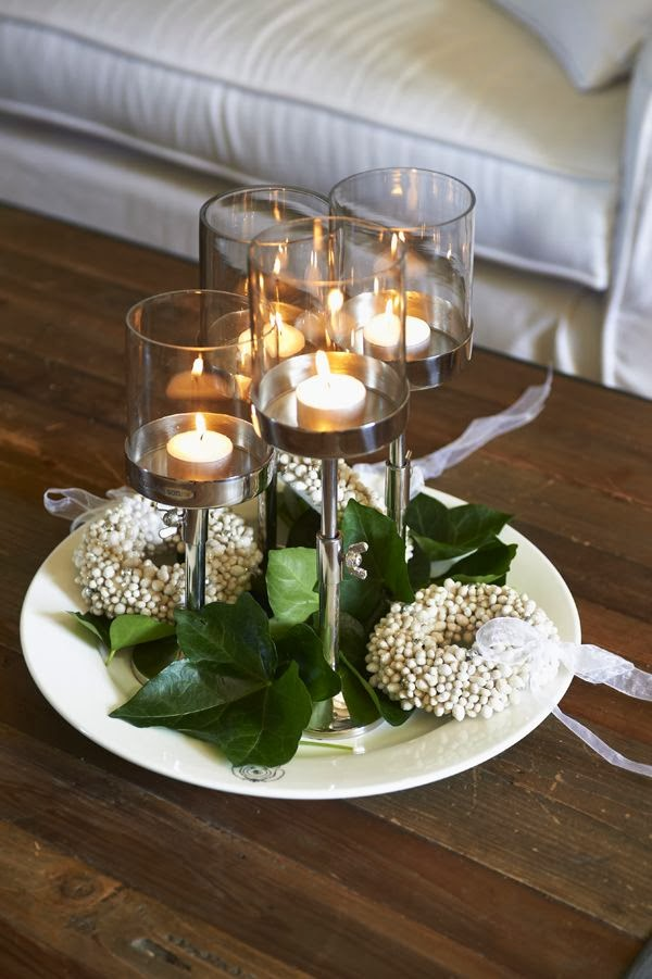 tall-candle-holders-ivy-leaves-seeds-wreaths