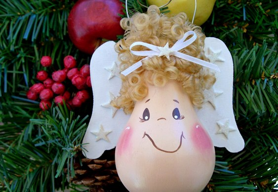 diy christmas ornaments light-bulbs-angel-cute-face-curly-fig