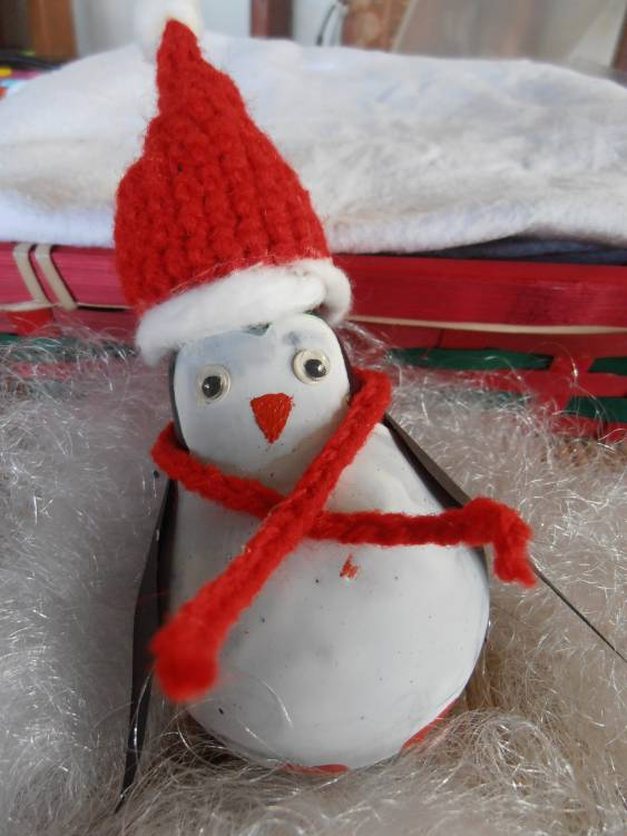 light-bulb-christmas-tree-ornament-penguin-red-hat
