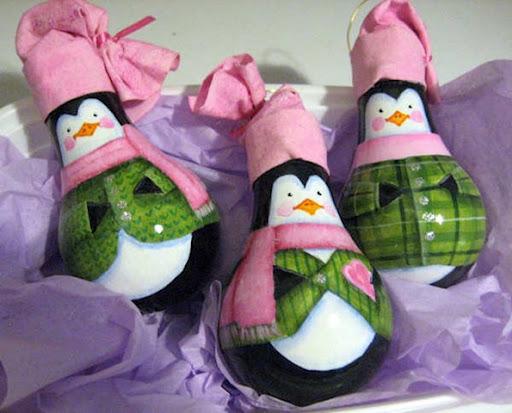 light-bulbs-tree-ornaments-penguins-pink-hats