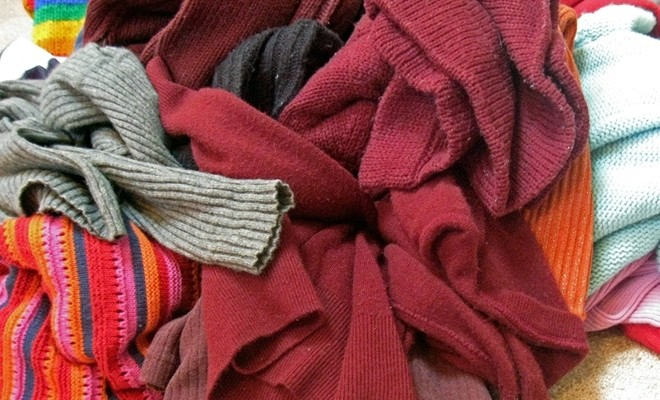 Repurposing old sweaters 10 cool things to make this winter solutioingenieria Images