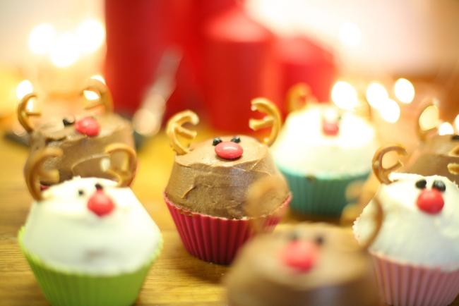 christmas-cupcakes-reindeers-rudolf-kids-fun