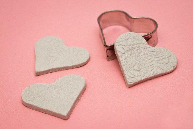 card craft for valentine day - Valentine s day craft for kids Easy polymer clay hearts