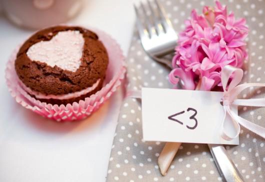 valentines-day-gift-muffins-strawberry-cream
