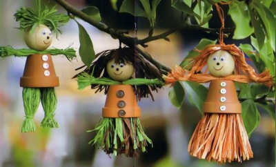 clay-flower-pot-crafts-garden-decor-hanging-people