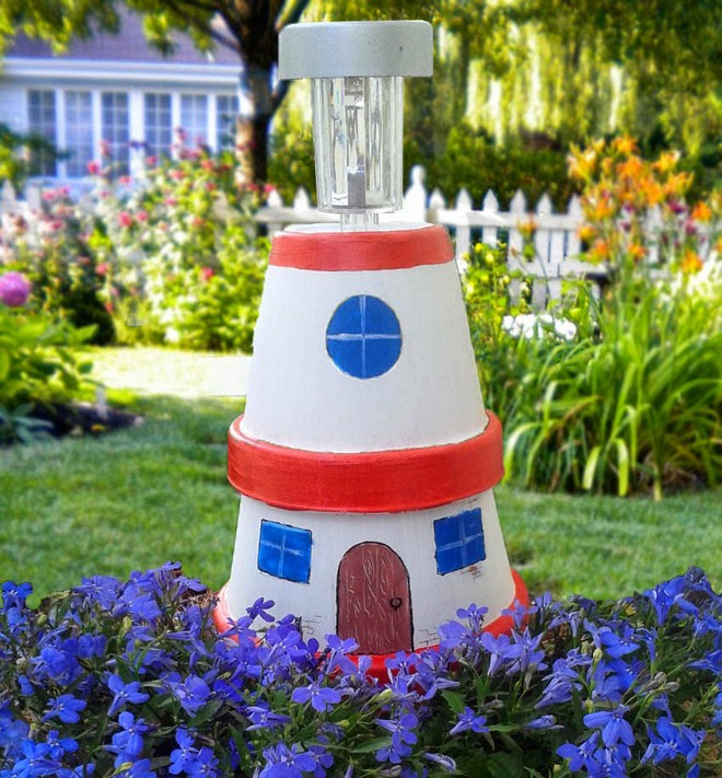 Clay flower pot crafts painting-ideas-garden-lighthouse-solar-light