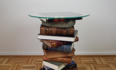 diy-side-table-books-project-round-glass-table-top