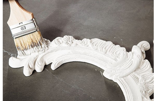 diy headboard ideas plaster ornaments dyeing with white paint