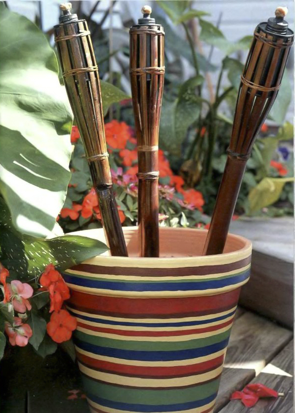 clay pot craft ideas garden-decor-tiki-torches