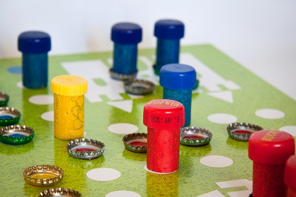 diy ludo board game for kids step by step tutorial bottle caps idea