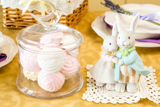 small figures birds and rabbits table decorating ideas kitchen decoration