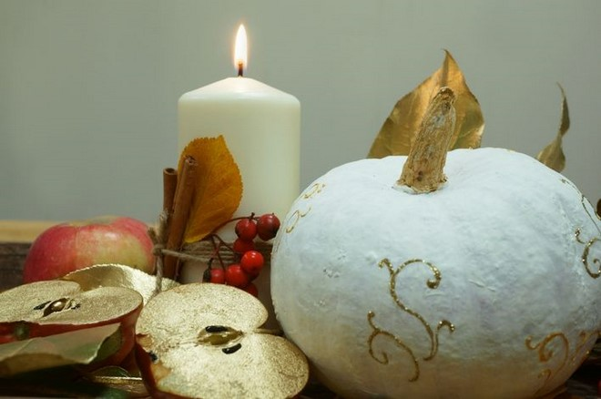 diy fall home decor ideas golden apples decorated pumpkin