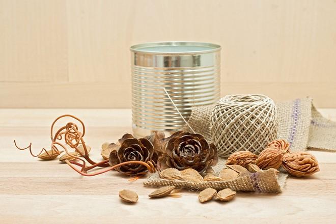 fall decorations cedar cones sacking tin can diy autumn candle holder