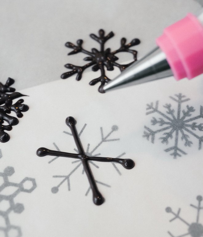 Christmas Food Gifts Gently Draw A Snowflake On A Baking Paper Using Template