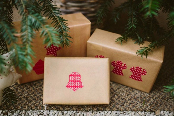 christmas-gift-wrapping-ideas-easy-using-kraft-paper