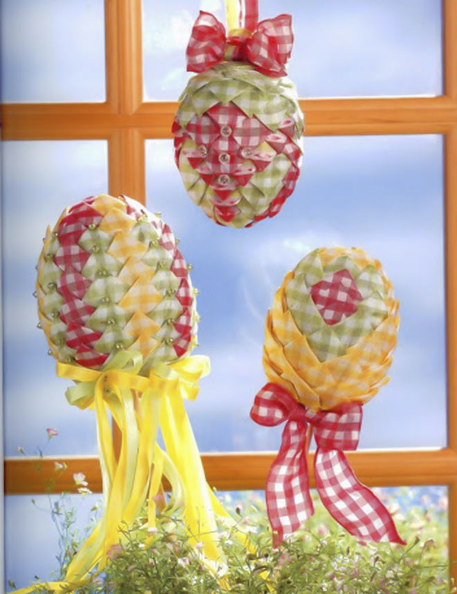 Fabric Craft Ideas For Kids Part - 50: Easter-egg-craft-ideas-artichoke-checkered-fabric-pins