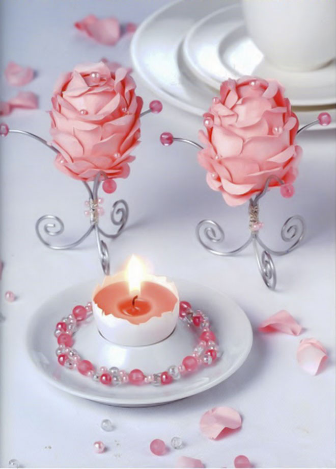 Easter-egg-craft-ideas-creppe-paper-roses-pearls-wire-egg-holders