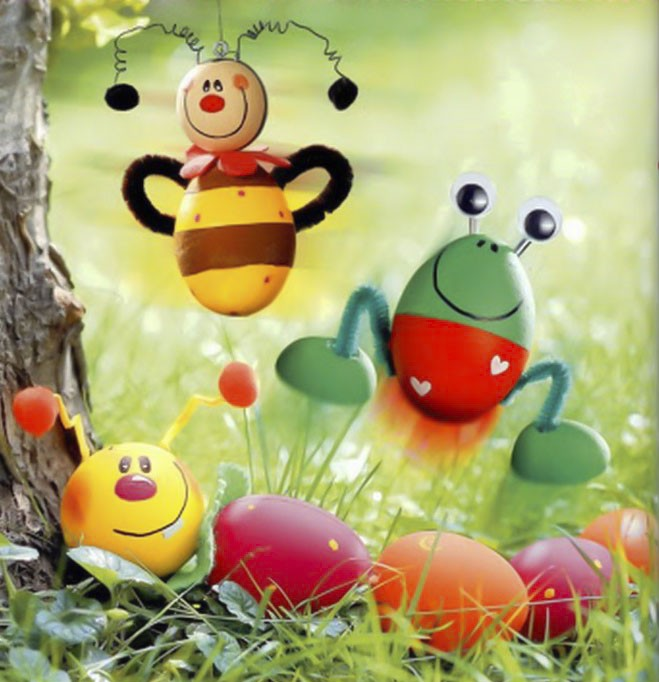 Easter egg crafts ideas-frog-bee-caterpillar-figurines