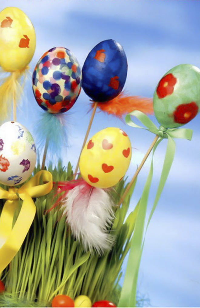 Easter-egg-craft-ideas-pots-decorations-sticks-skewers