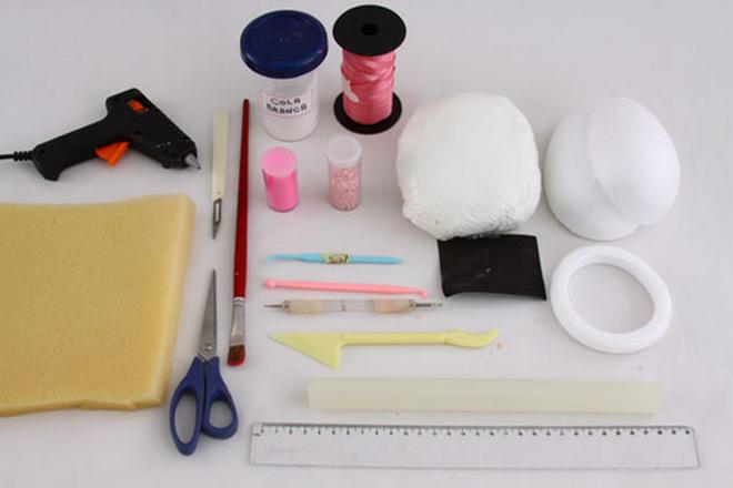 DIY Easter craft ideas styrofoam-egg-embossed-effect-materials