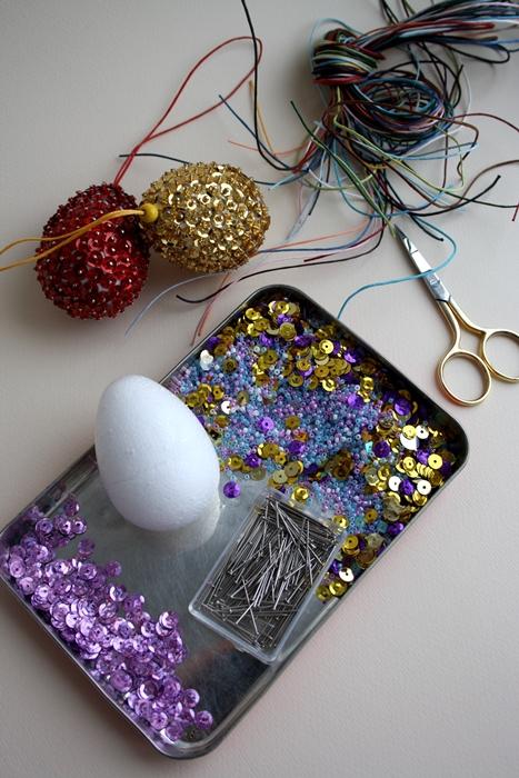 diy-easter-craft-ideas-styrofoam-egg-ornaments-purple-sequins