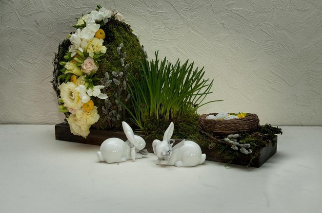 easter-arrangement-egg-floral-foam-spring-flowers-moss