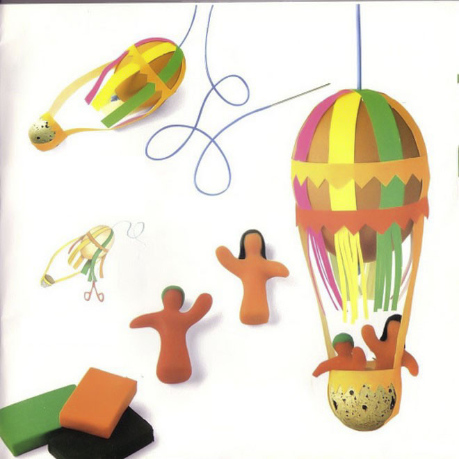 easter egg crafts kids-hot-air-balloon-quail-egg-basket-paper-stripes
