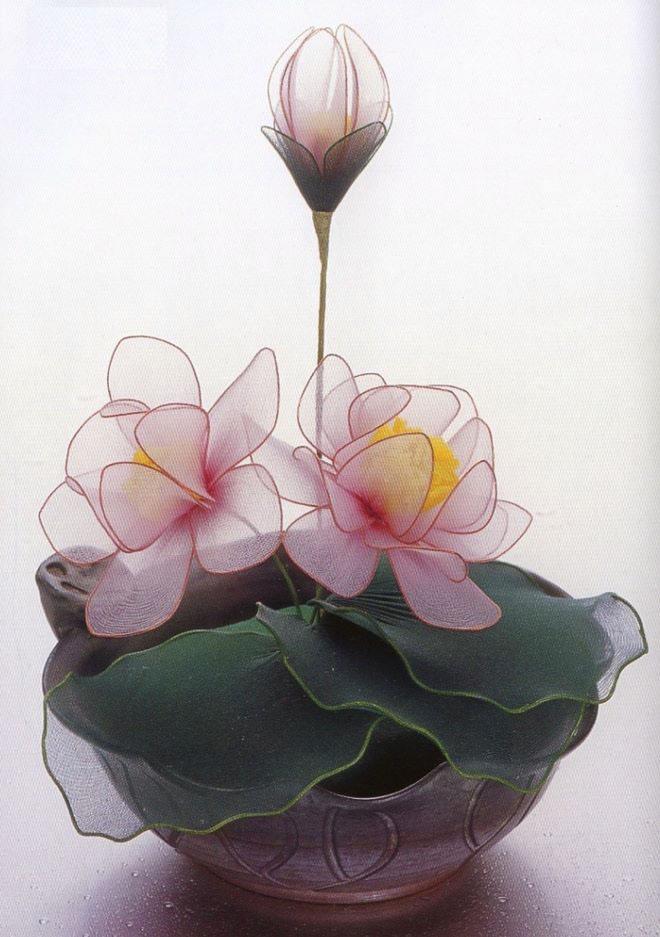 flower-craft-ideas-fake-artificial-water-lillies-flower-pot