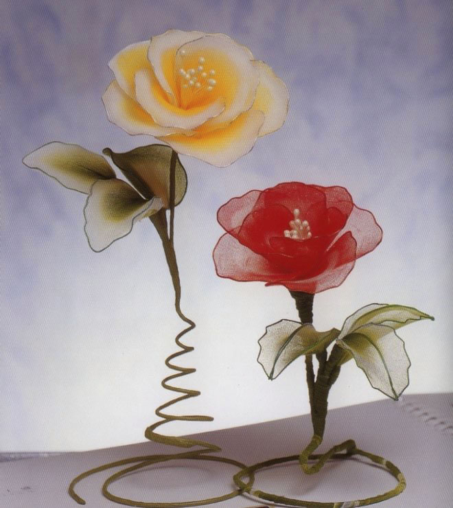 flower-craft-ideas-roses-yellow-red-artificial-art
