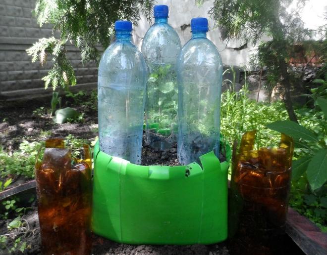 plastic-bottles-crafts-ideas-garden-castle-kids-tutorial