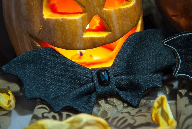 diy halloween costumes bat bow tie black ruby stone pumpkin lantern decoration