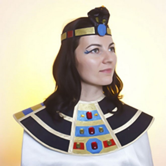 diy halloween costumes egypt queen cleopatra style cobra head crown